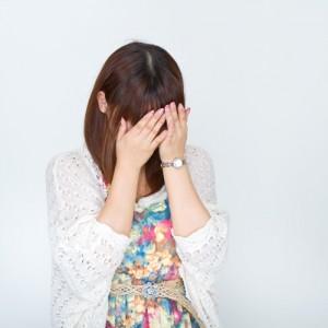 泣く女の画像