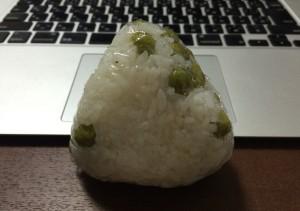 豆ご飯の画像